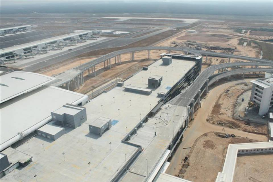 Meskipun belum 100 persen selesai, KLIA2 akan dibuka pada 2 Mei 2014.