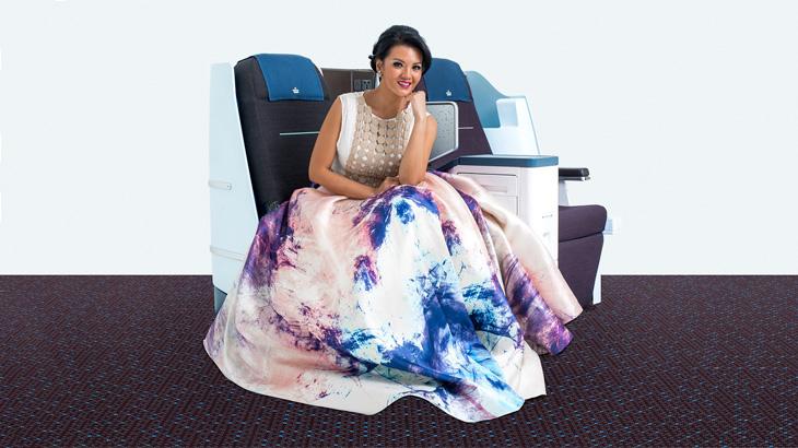 Farah adalah duta pertama KLM untuk Indonesia.