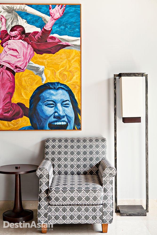 Di Kaba Kaba Estate, benda seni menghiasi hampir setiap ruangan.