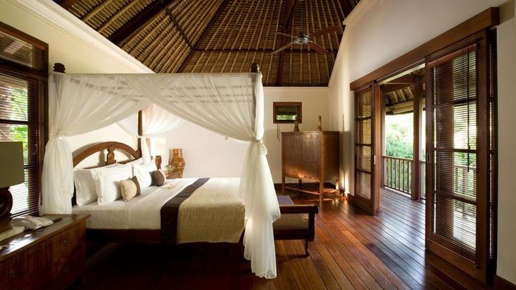Interior bergaya tradisional Bali.
