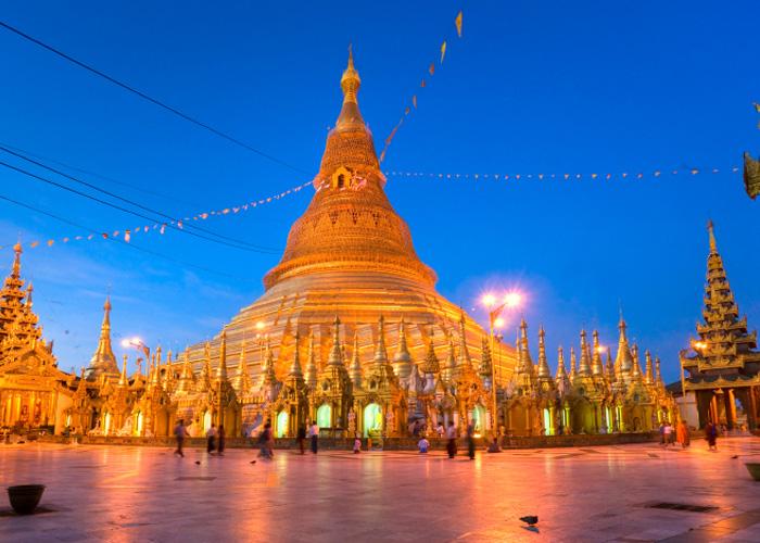 Kuil merupakan daya tarik wisata utama di Myanmar.
