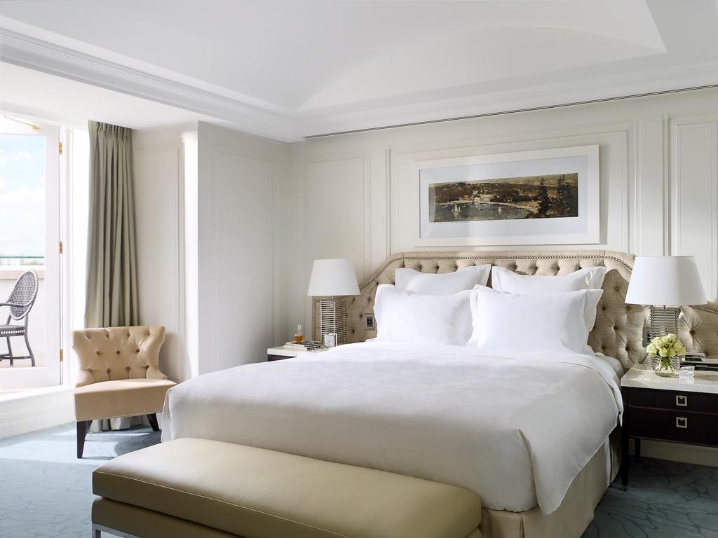 Kamar dan suite di The Langham Sydney adalah salah satu yang terluas di kota itu dengan ukuran mulai dari 49 meter persegi.