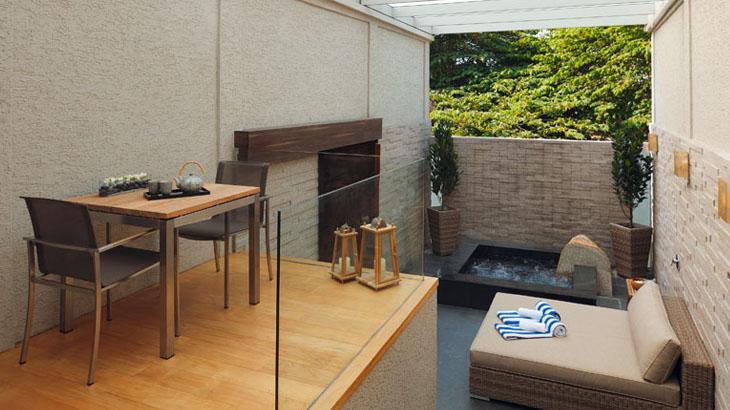 Pemandian ala onsen di Onsen Suite.