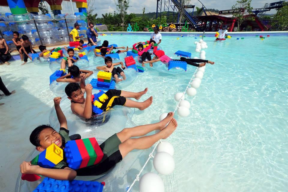 Waterpark, yang dirilis pada 20 Oktober 2013, adalah wahana bermain terbaru di Legoland.
