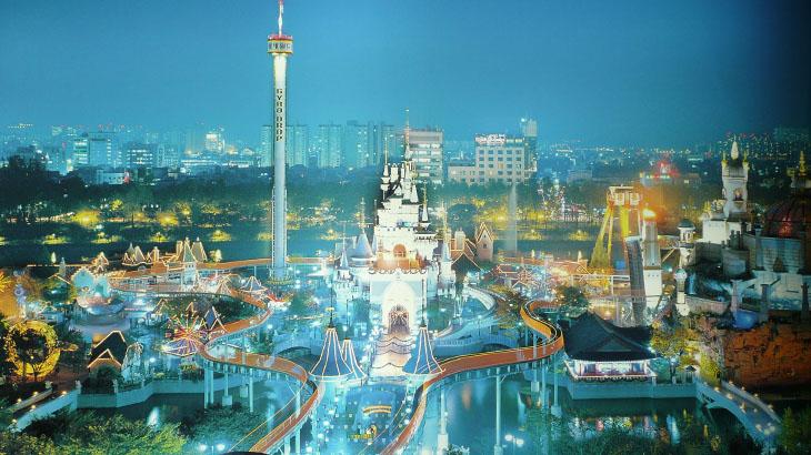 Diskon juga berlaku di taman bermain Lotte World.