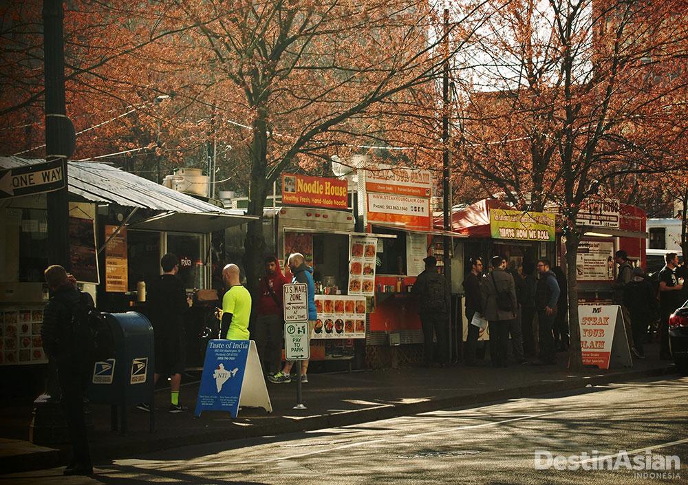 Kios-kios makanan yang bertebaran di Portland.