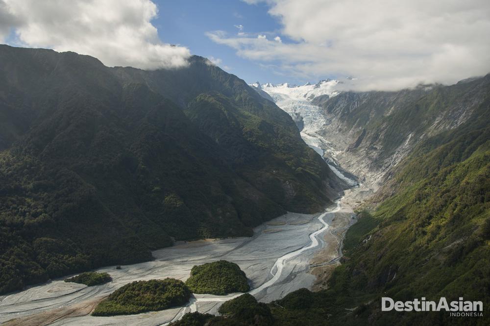 Lanskap alam magis di Selandia Baru. (Foto: Rony Zakaria)