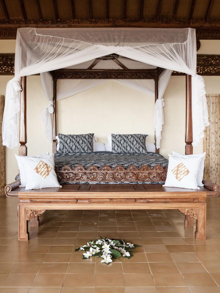Kamar tidur di Villa Diponegoro.