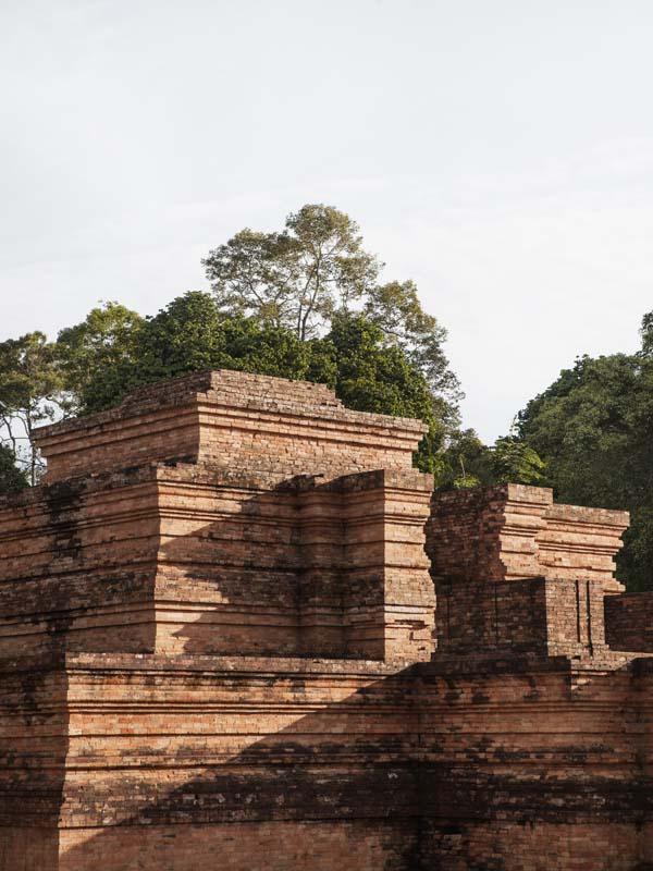 Candi Tinggi di kompleks Candi Muarajambi