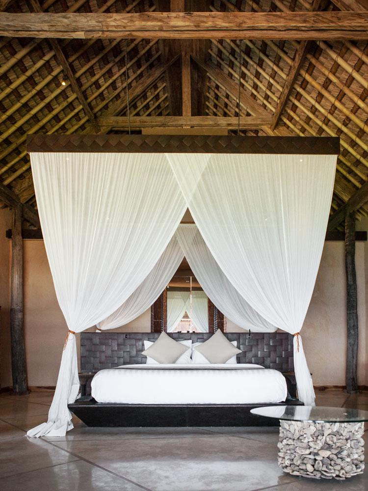 Meskipun kamarnya berkesan tradisional, matras yang digunakan berkualitas jempolan.