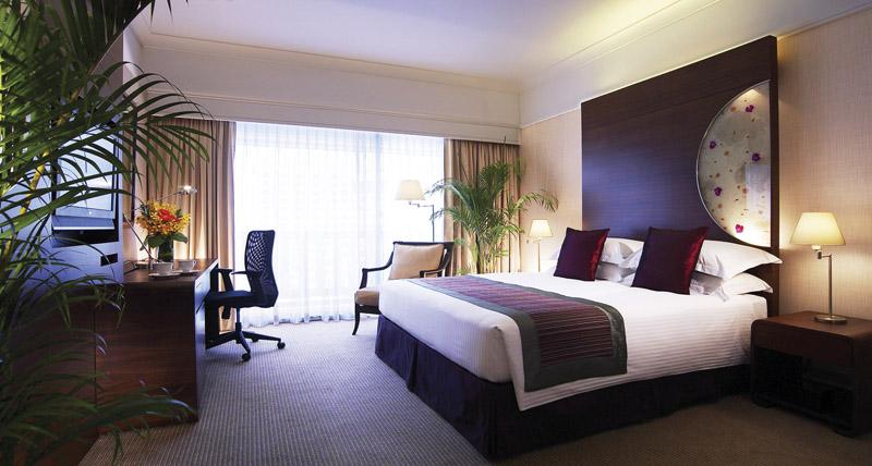 Kamar tipe Executive Room di Marina Mandarin.