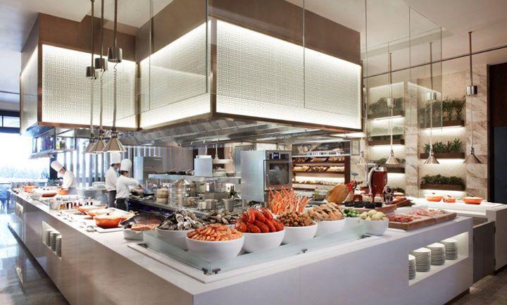 Marriott Cafe dengan dapur terbuka.