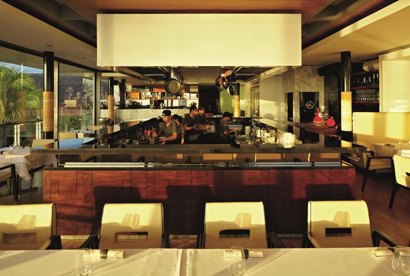 Dapur sekaligus laboratorium Mejekawi.