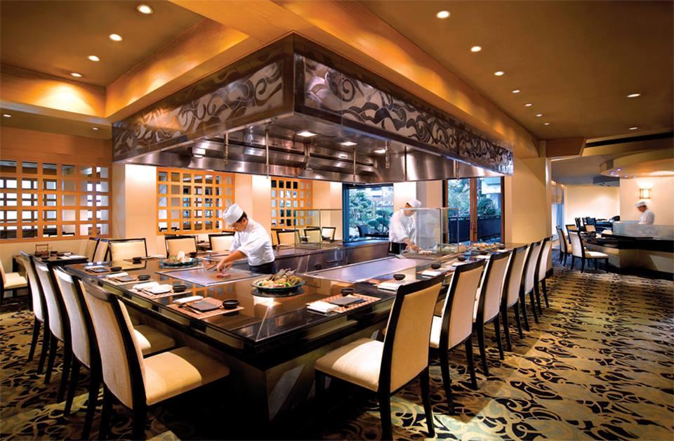 Interior restoran Jepang Miyama. Selain Miyama, restoran Bruschetta dan Teratai juga menyediakan menu spesial.