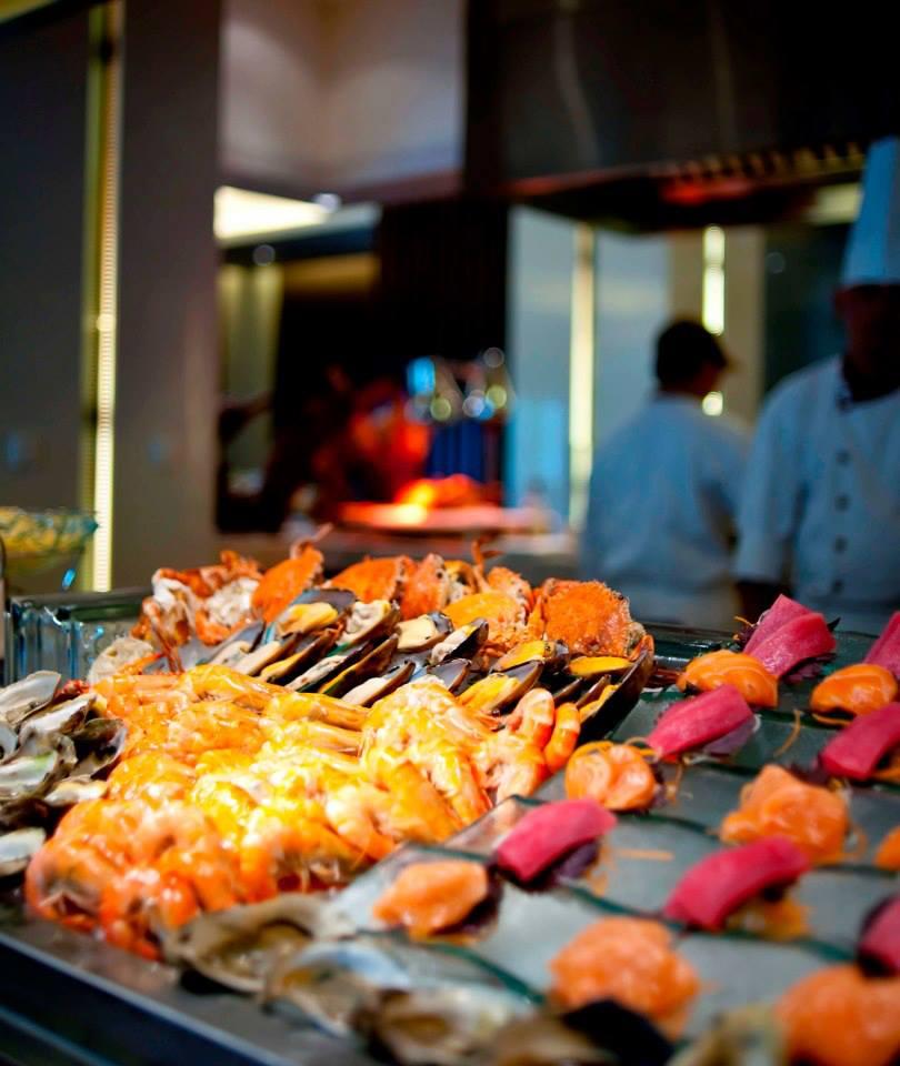 Seafood buffet untuk tamu yang mengambil paket Weekend Getaway Package.