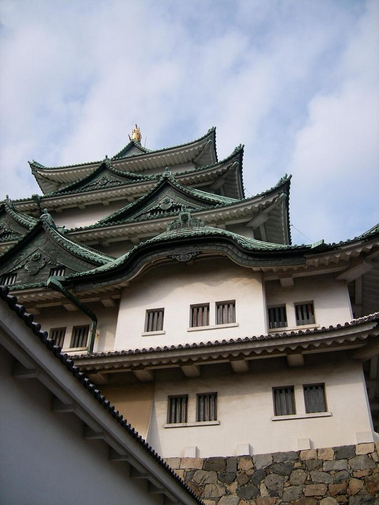Kastel Nagoya, salah satu obyek wisata tersohor di kota tersebut. (Foto: ivva/Flickr)