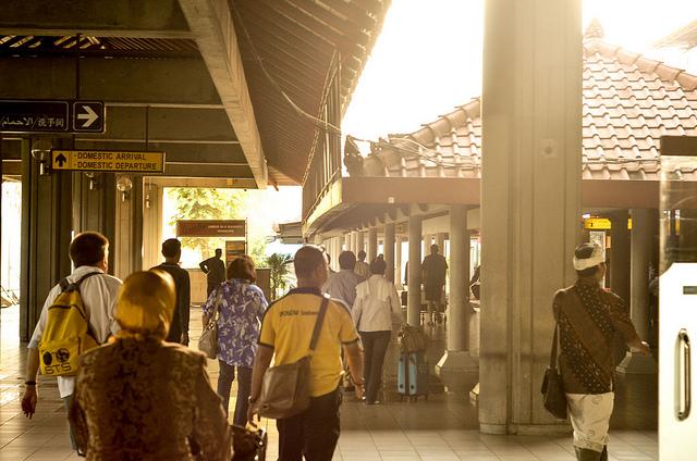 Suasana di bandara Ngurah Rai. (Foto: Wibi Udayana)