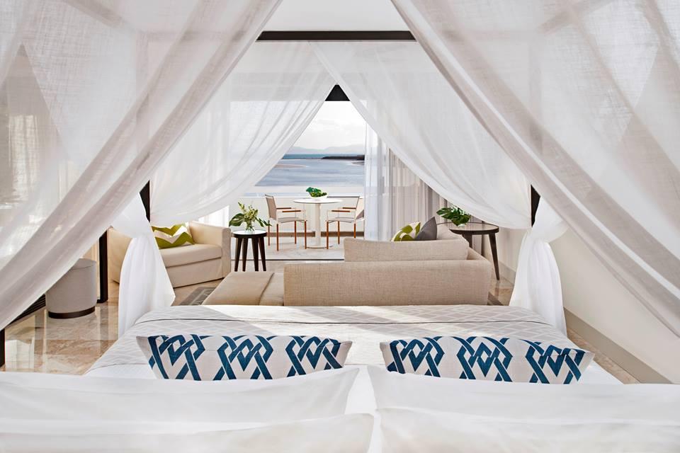 Kamar tipe Premium Ocean View. Selain desain bangunan, semua desain interior resor ini juga mengalami peremajaan.
