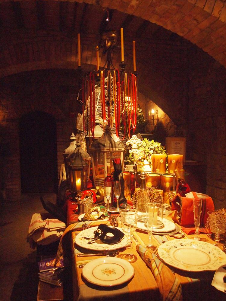 Dekorasi di dalam Castello untuk menyambut para pengunjung.