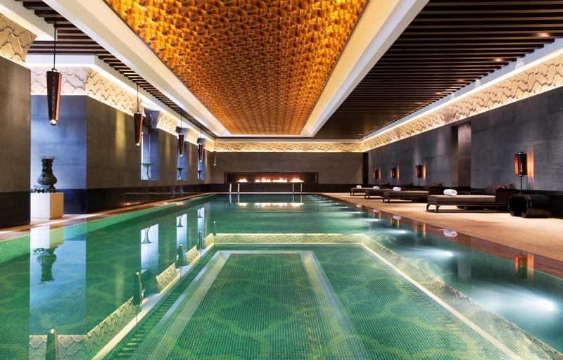 Kolam renang di dalam ruangan untuk tamu Park Hyatt Changbaishan.
