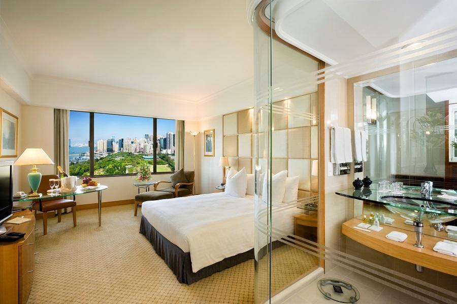 Kamarnya adalah salah satu yang terluas di Hong Kong.