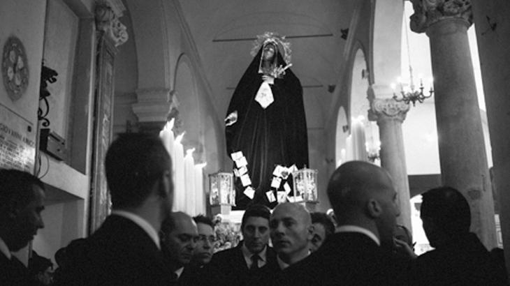 Patung Madonna Addolorata