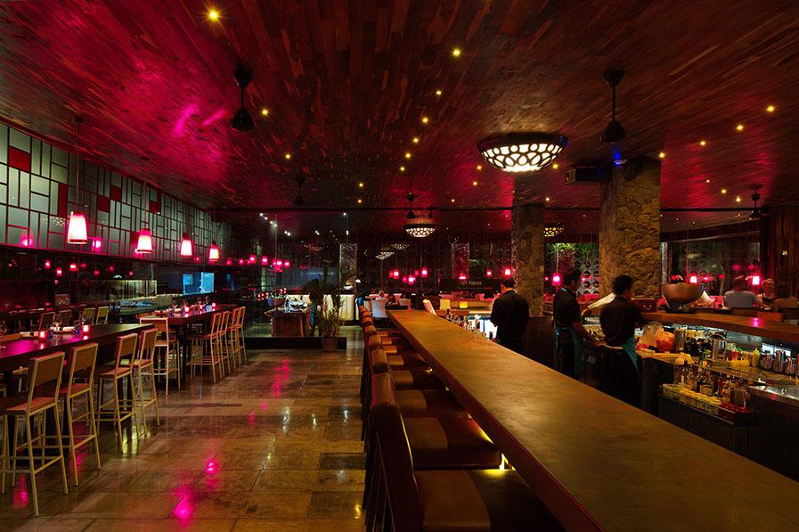 Salt Tapas and Bar, fasilitas baru kreasi selebriti koki Luke Mangan yang juga otak Salt Grill Jakarta.