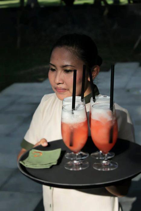 Pink Lime Cocktaill, salah satu koktail andalan Cuca.