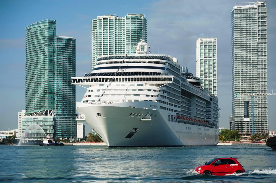 Kapal pesiar MSC Divina, salah satu dari sekian banyak kapal pesiar yang bersandar di Miami tiap tahunnya. <i>Foto: Fort Miami.</i>