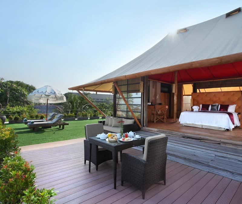 Akomodasi Luxury Tent Villa di Bali Dynasty Kuta.