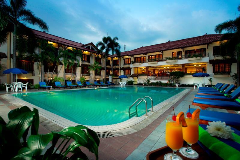 Hotel Jogjakarta Plaza, salah satu penginapan bonafide di Yogyakarta dengan lokasi strategis.