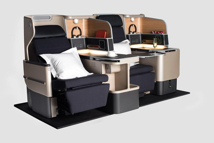 Kursi dengan desain baru menggunakan material luks.