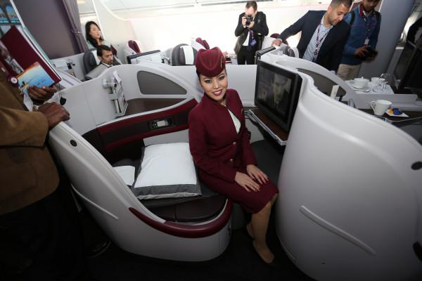 Kabin kelas bisnis di pesawat terbaru Airbus 350 milik Qatar Airways.