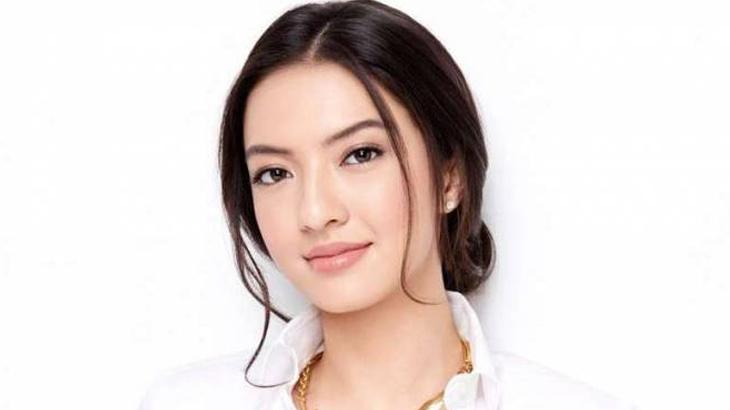Raline Shah | Komisaris Independen AirAsia Indonesia | DestinAsian