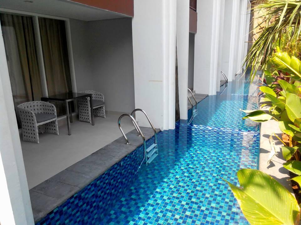 Kamar dengan akses langsung ke plunge pool.