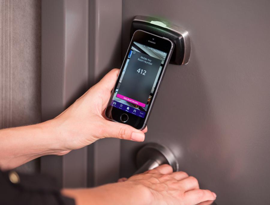 Kini tamu bisa membuka kunci kamar menggunakan ponselnya.