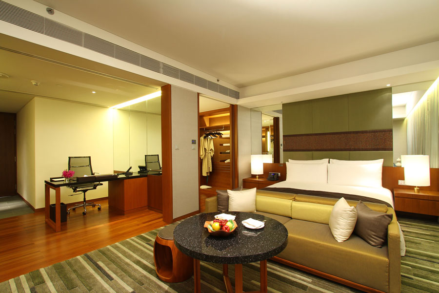 Kamar Studio Suites.