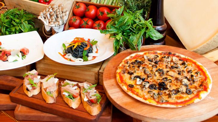 Hidangan khas Italia yang bisa dinikmati saban Sabtu malam.