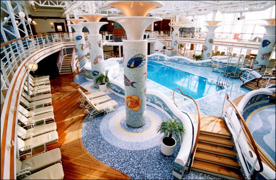 Calypso Pool di Sapphire Princess.