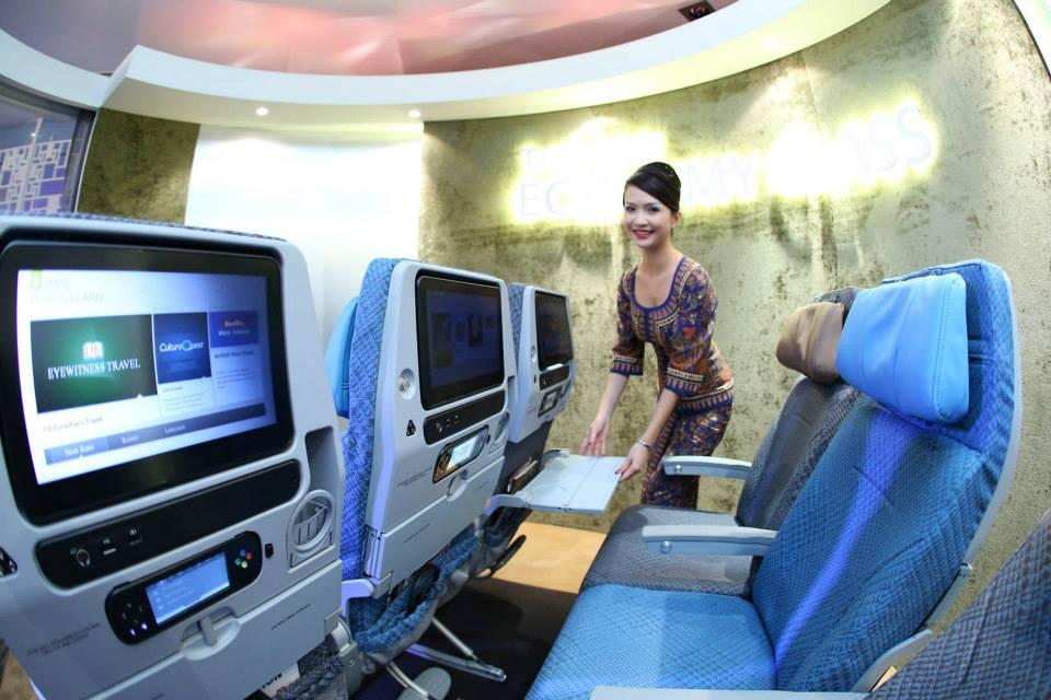 Kursi kelas ekonomi baru Singapore Airlines.