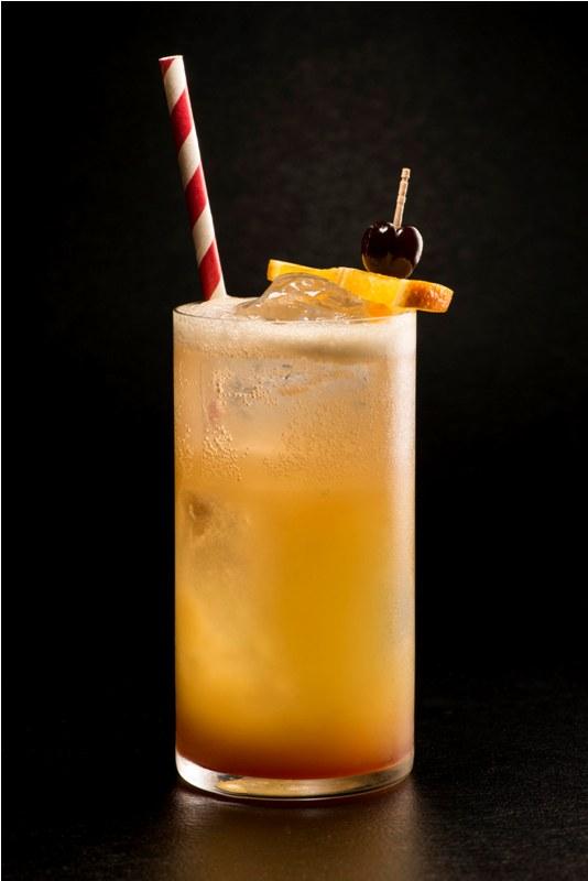Kreasi baru koktail klasik khas Singapura, Singapore Sling.