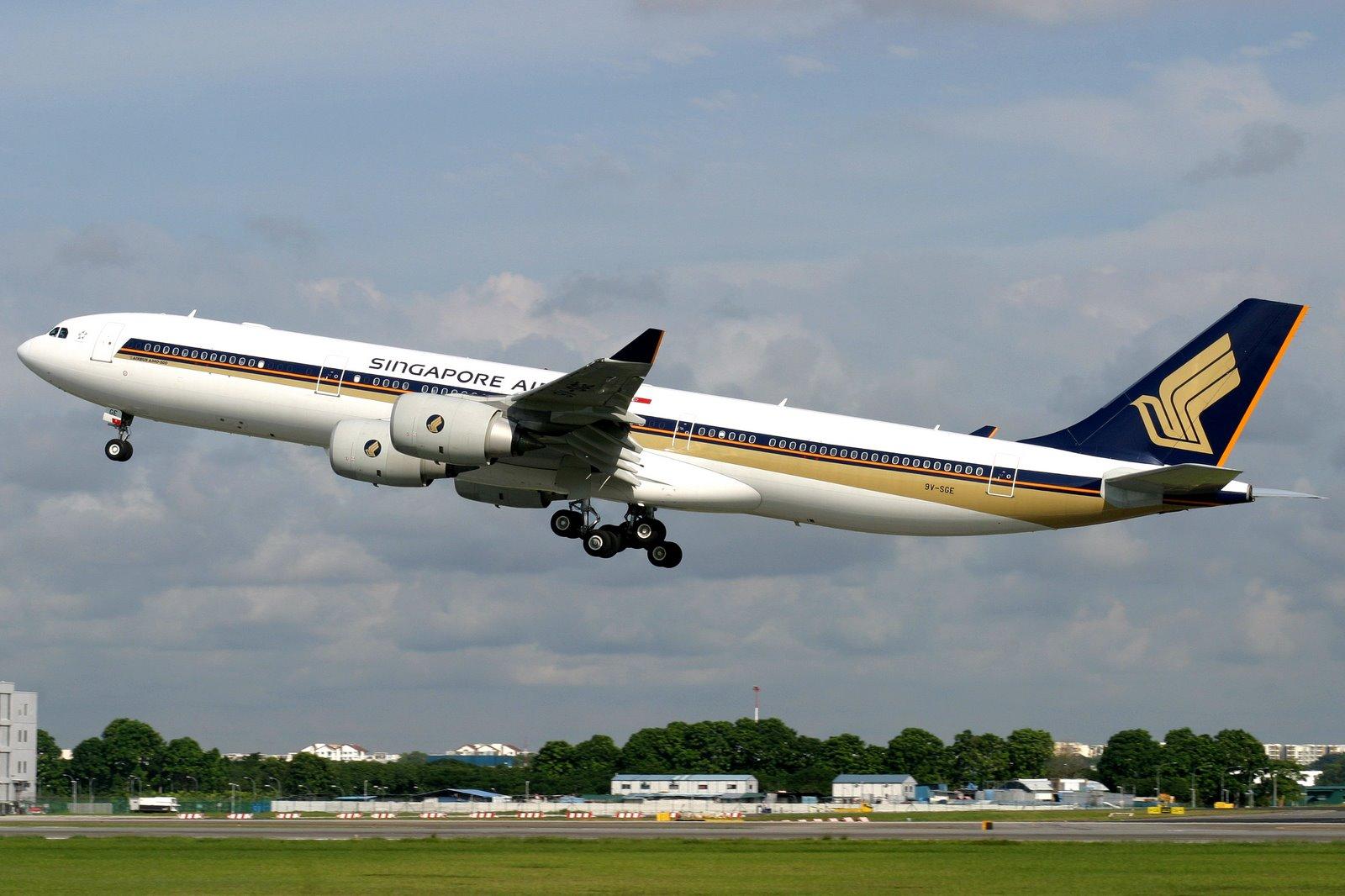 Armada Airbus A340-500 milik Singapore Airlines yang segera dipensiunkan.