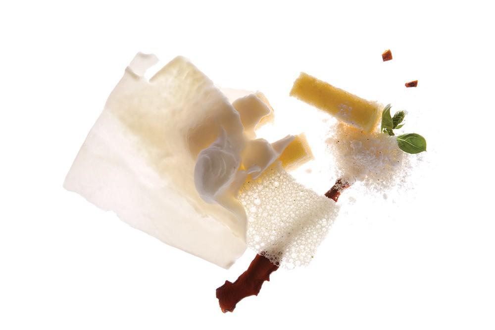 Hidangannya dibuat dengan menggunakan bahan-bahan lokal.