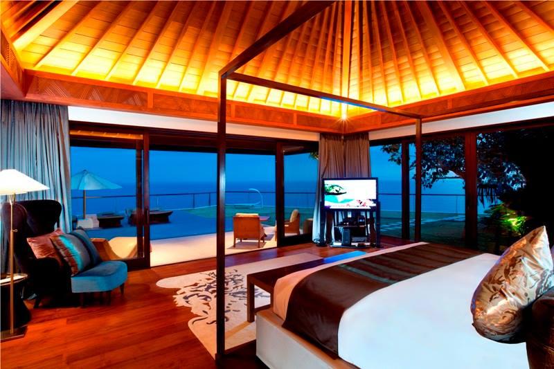 Kamar tidur di The Villa.
