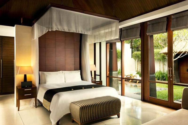 The Kayana Bali, properti apik di bawah jaringan Santika Indonesia menawarkan akomodasi tipe vila.