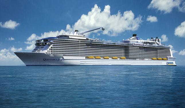 Kapal pesiar modern Quantum of the Seas yang mampu mengangkut lebih dari 4.000 penumpang.