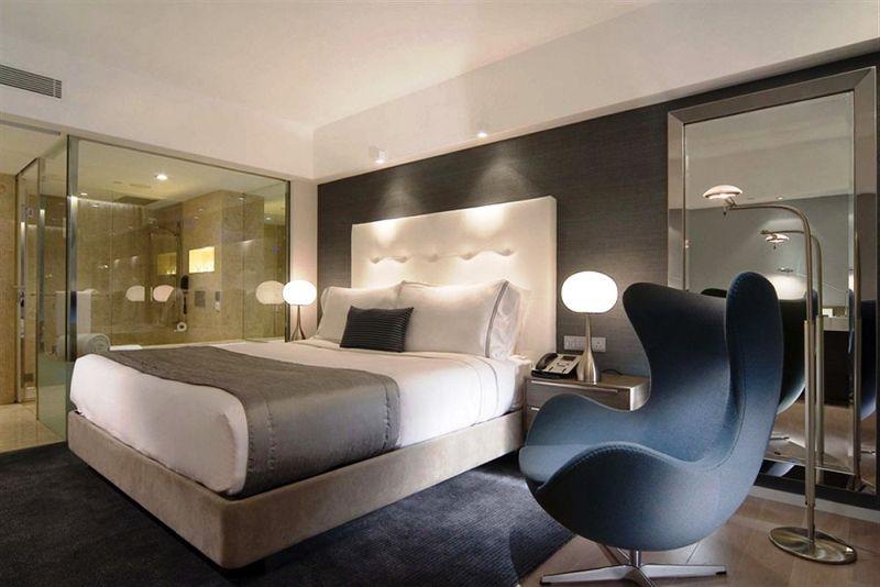 Modem tersedia di seluruh kamar The Mira Hong Kong dan Mira Moon.