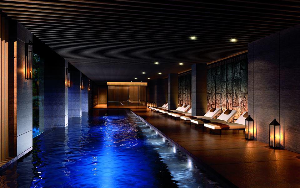 Fasilitas spa dengan kolam renang sepanjang 20 meter.