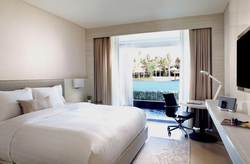Kamar tipe Premium Pool View.