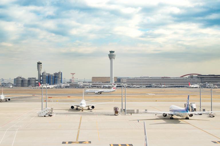 Kini dengan terminal internasional yang lebih luas, Bandara Tokyo Haneda bisa melayani lebih banyak penerbangan dari/ke luar negeri.